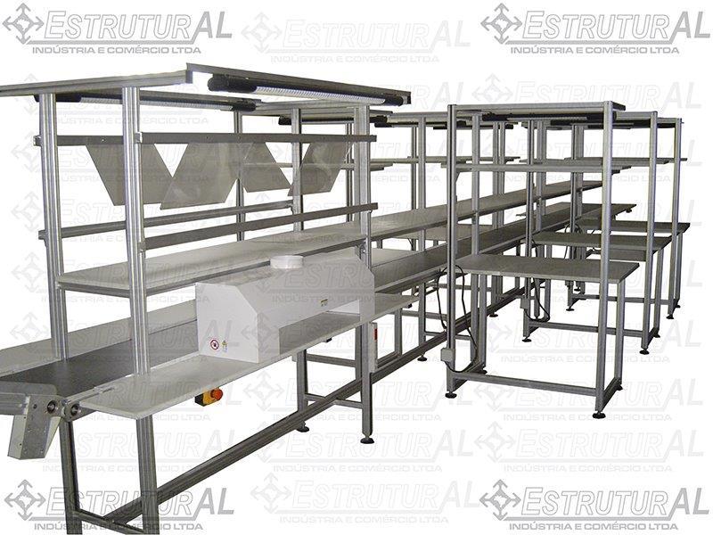 Estrutura em perfil de alumínio