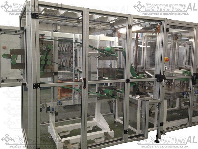 Fechamento policarbonato de equipamentos